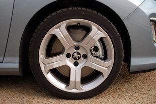 Essai : PEUGEOT 308 CC Peugeot-308-cc-1-6-thp-200ch-66772