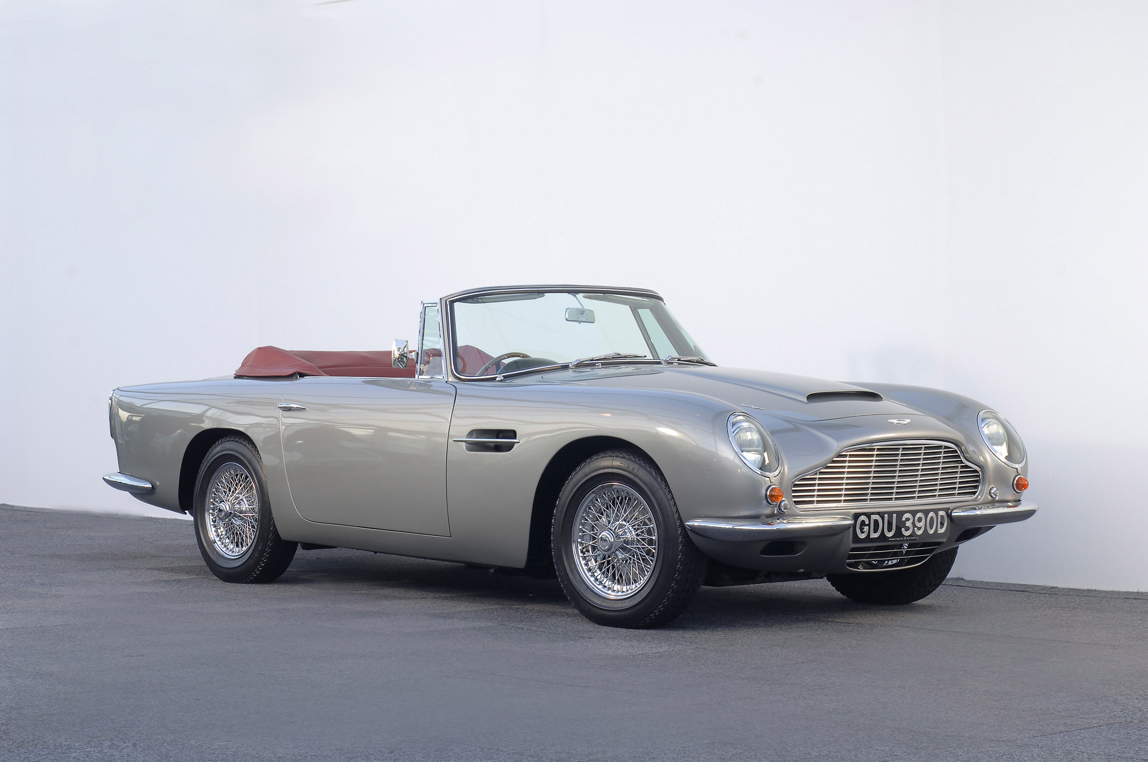 aston martin db5 bonnet with 63803 on 7 further 9923632153 additionally New Aston Martin Vantage Revealed Looks Lot Db10 additionally 1963 e2 86 921965 Aston Martin Db5 2 furthermore Aston Martin Db5.