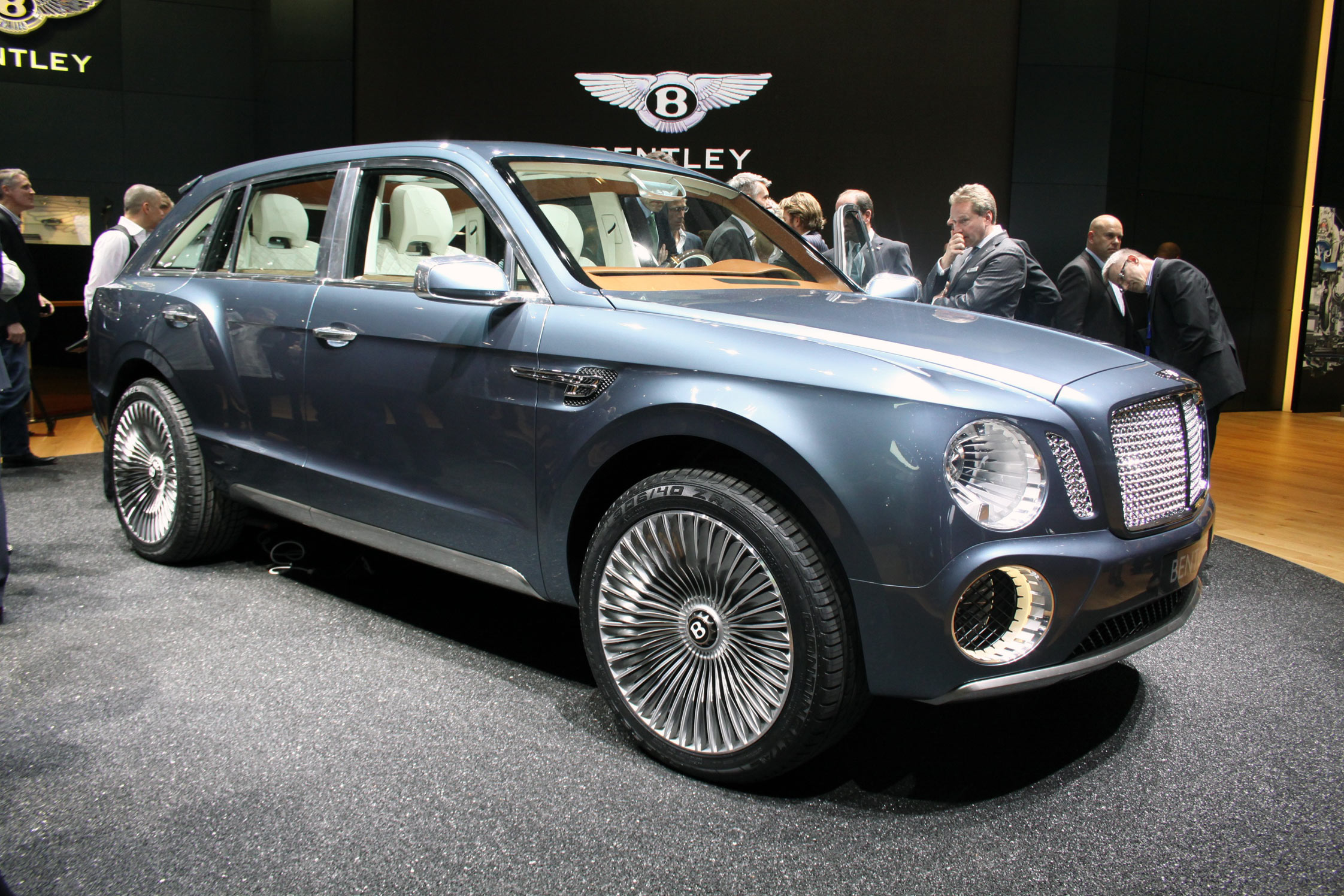 photo bentley exp 9f concept concept car 2012 m diatheque. Black Bedroom Furniture Sets. Home Design Ideas