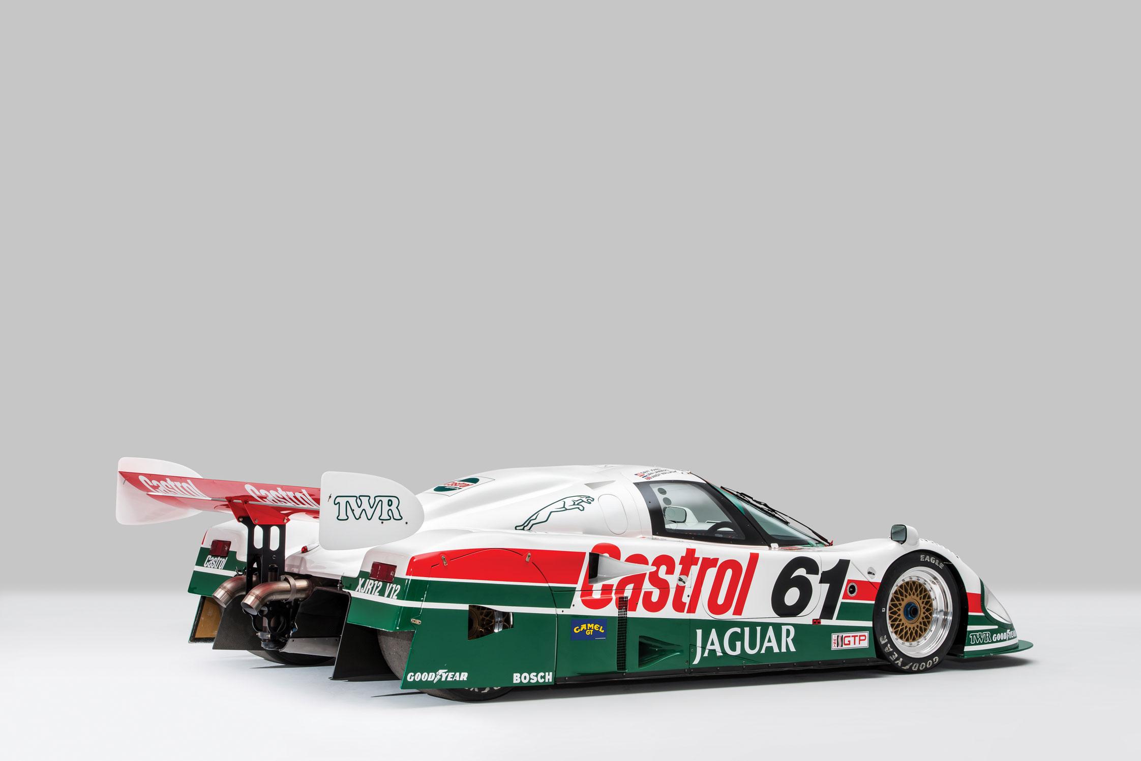 photo JAGUAR XJR-9 compétition 1988 - Motorlegend.com
