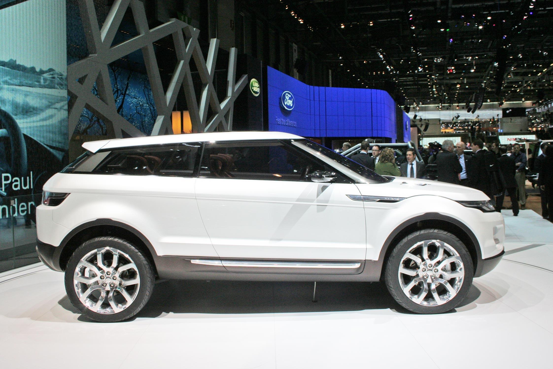 http://photo-voiture.motorlegend.com/hd/land-rover-lrx-concept-46159.jpg