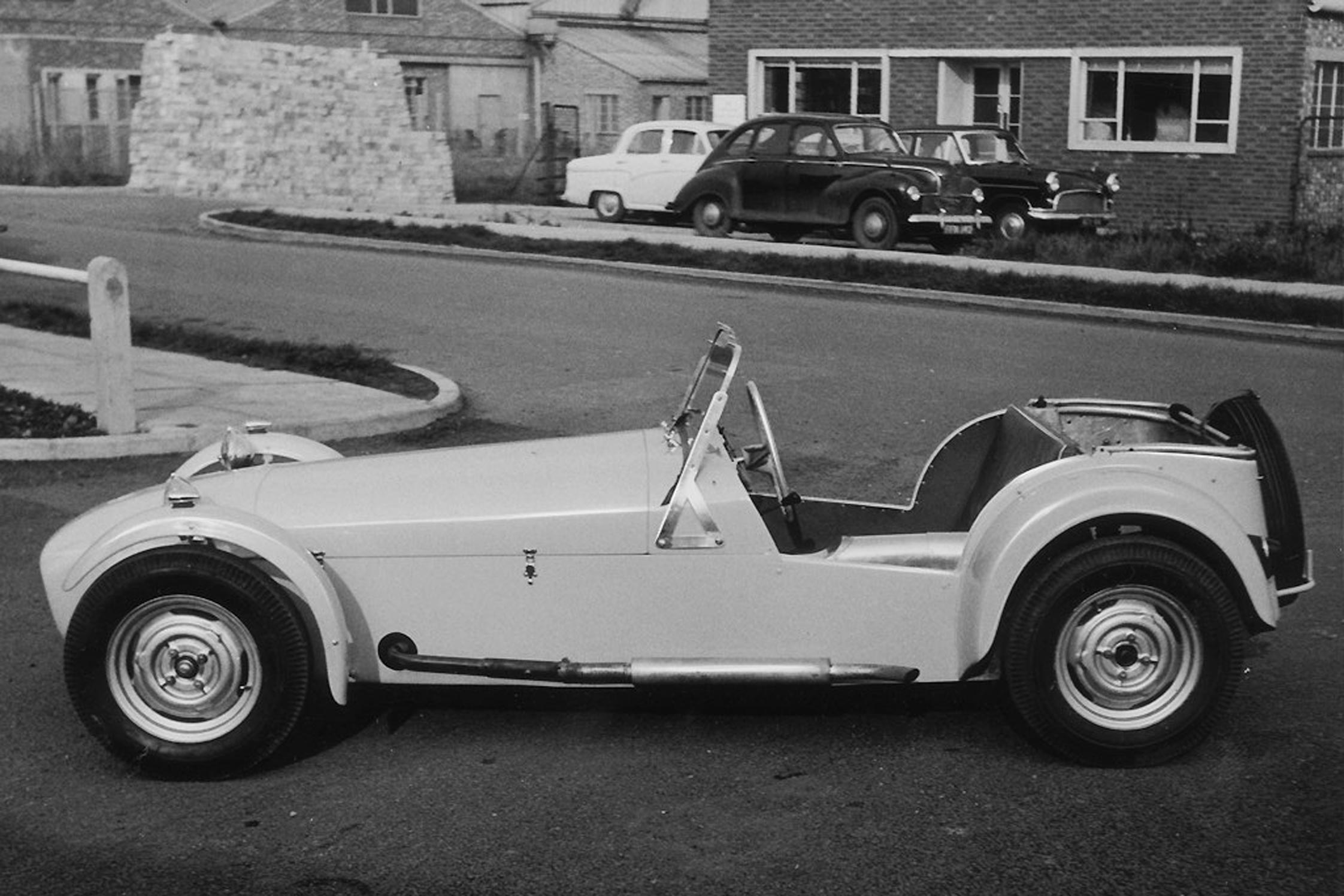Photo Lotus Seven S 233 Rie 1a Cabriolet 1957 M 233 Diatheque