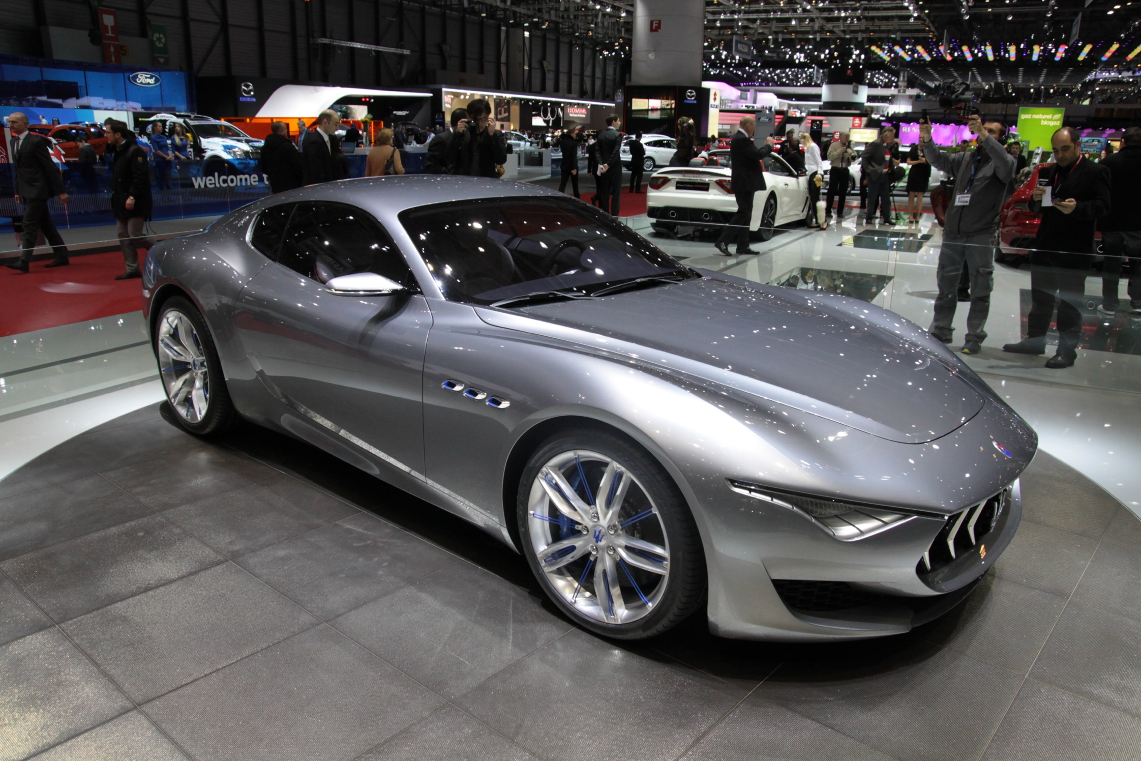 Photo maserati alfieri concept salon de gen ve 2014 m diatheque - Concept salon de the ...