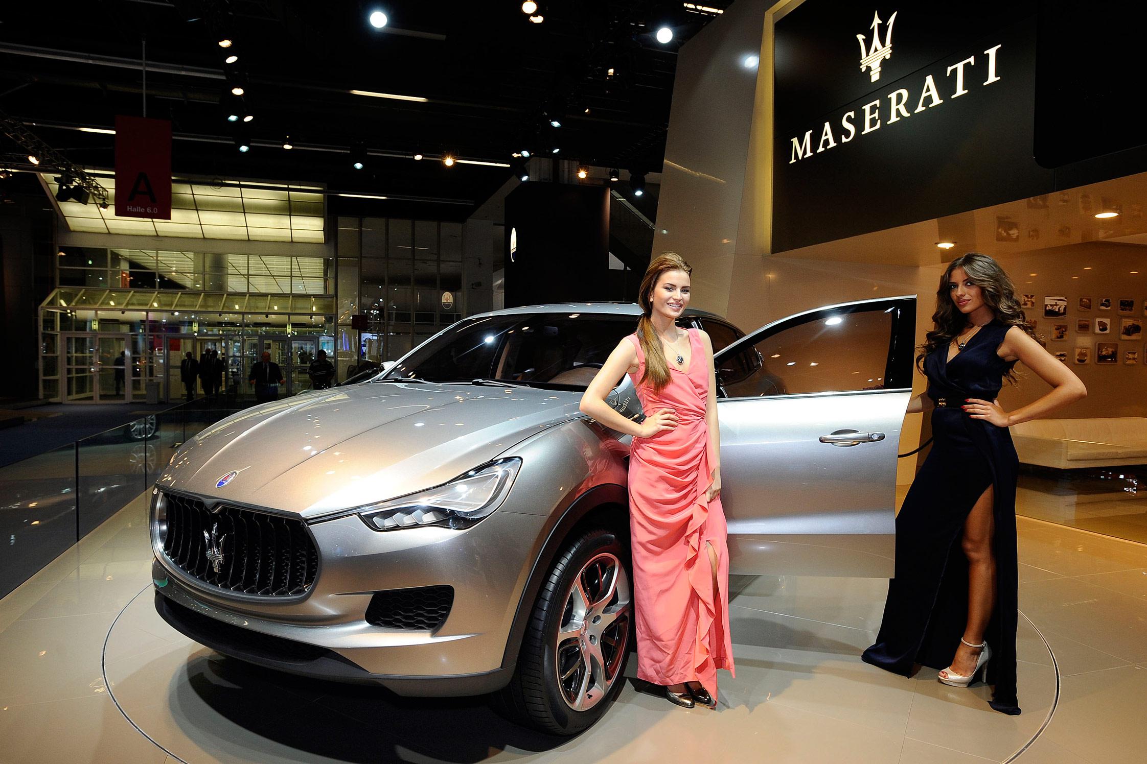 http://photo-voiture.motorlegend.com/hd/maserati-kubang-concept-67408.jpg