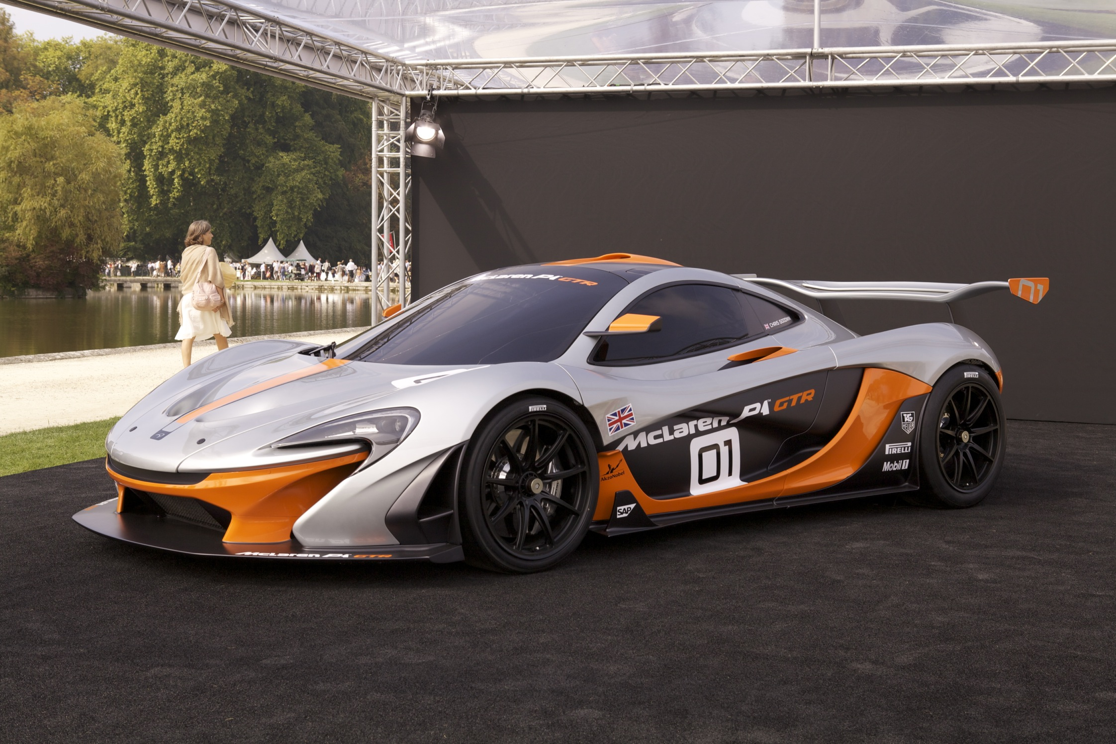 2010 mclaren p1 gtr concept car pictures. Black Bedroom Furniture Sets. Home Design Ideas