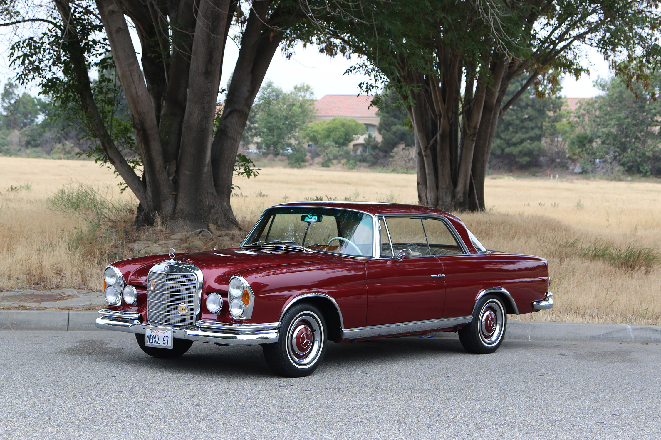 photo mercedes 250 se w108 coup 1967 m diatheque. Black Bedroom Furniture Sets. Home Design Ideas