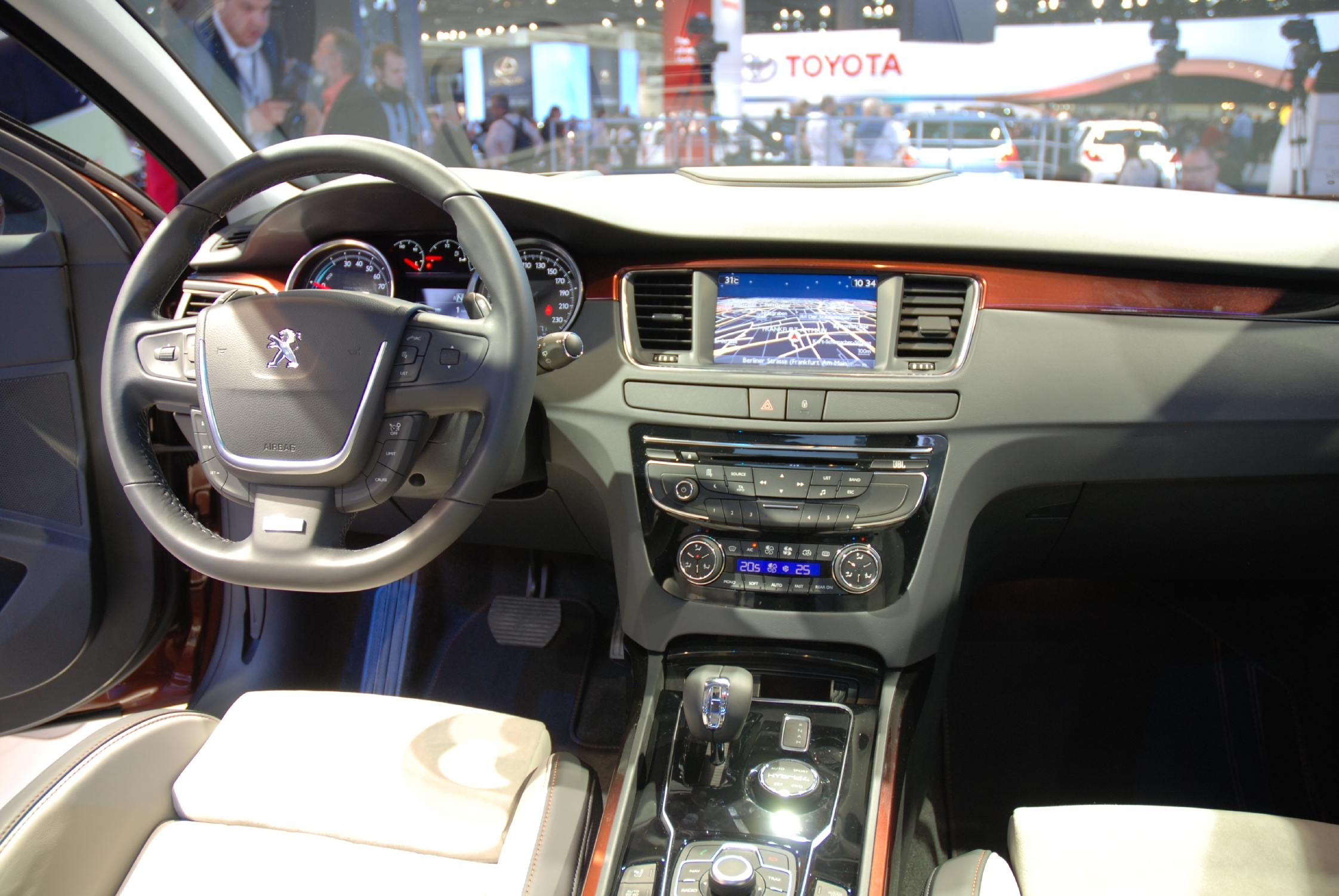 photo peugeot 508 rxh break 2011 m diatheque. Black Bedroom Furniture Sets. Home Design Ideas