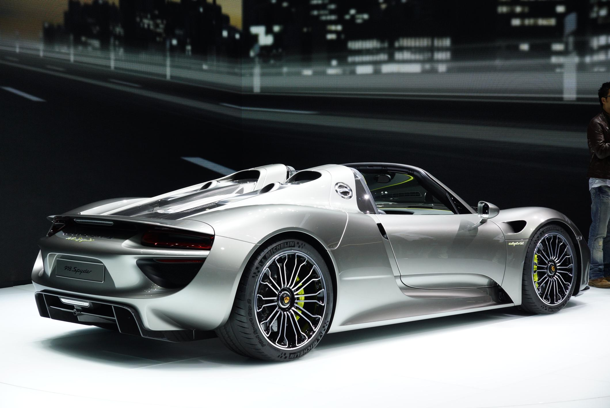 photo porsche 918 spyder hybride salon de francfort 2013 m diatheque. Black Bedroom Furniture Sets. Home Design Ideas