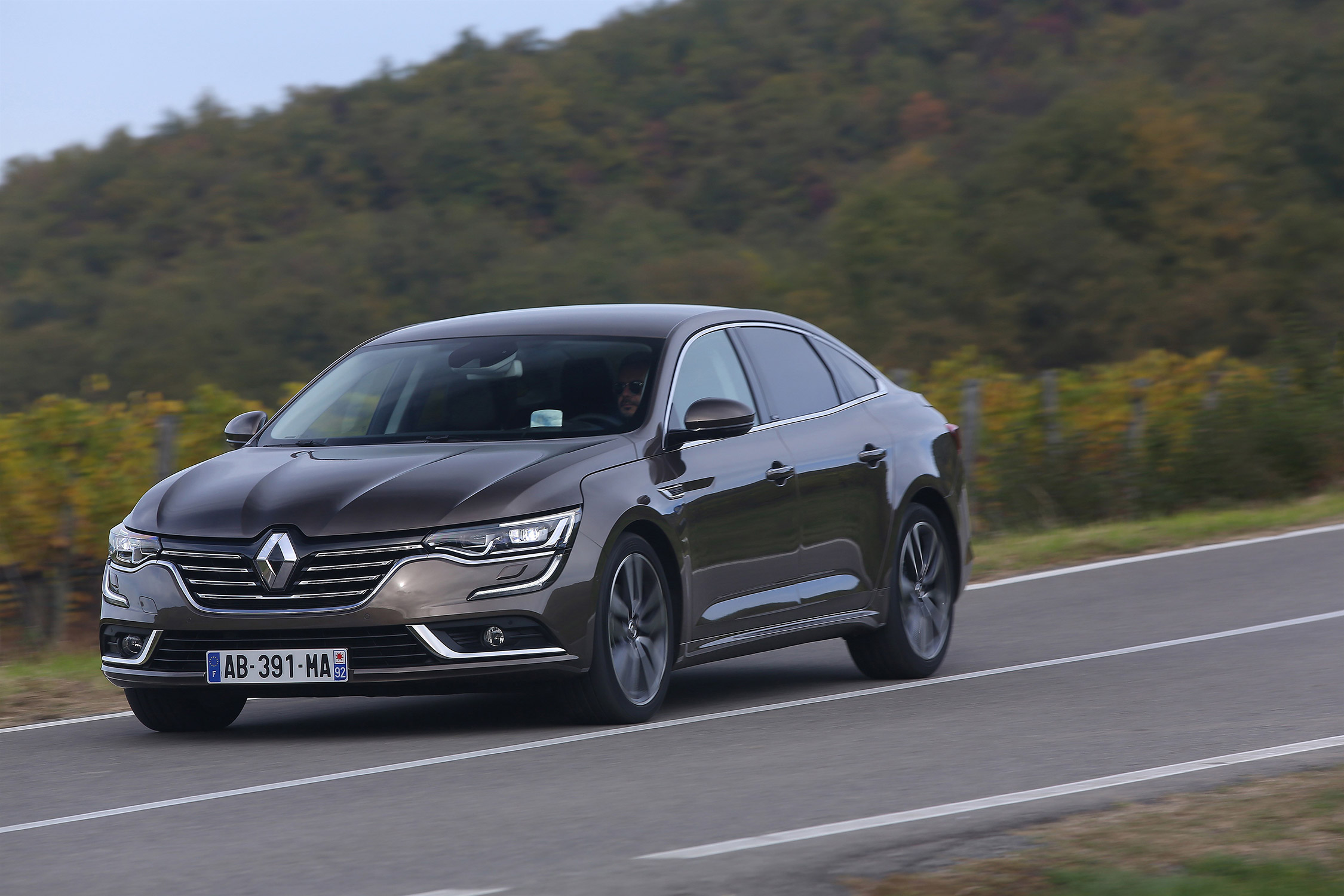 photo renault talisman energy tce 200 edc berline 2016 m diatheque. Black Bedroom Furniture Sets. Home Design Ideas