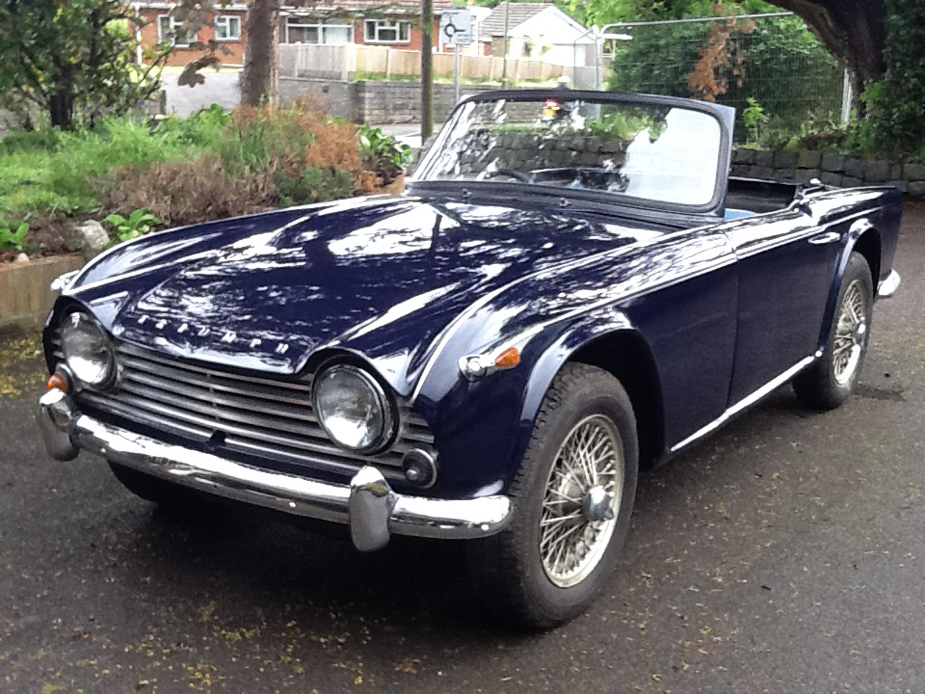 Photo Triumph Tr4 A Irs 2 1 Cabriolet 1965 M 233 Diatheque