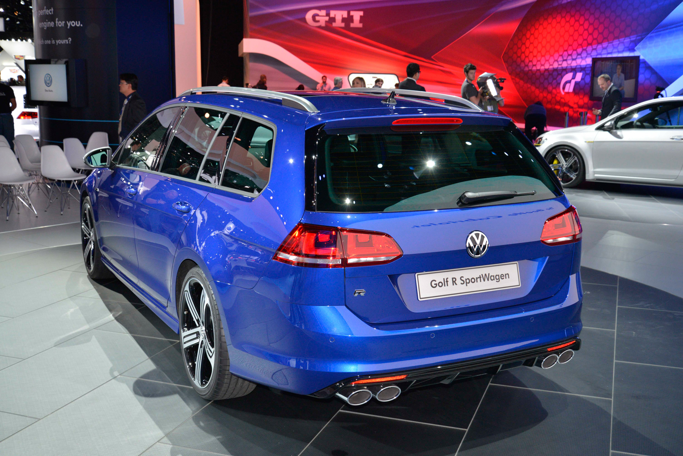 photo volkswagen golf vii r 2 0 tsi 300 break 2015 m diatheque. Black Bedroom Furniture Sets. Home Design Ideas