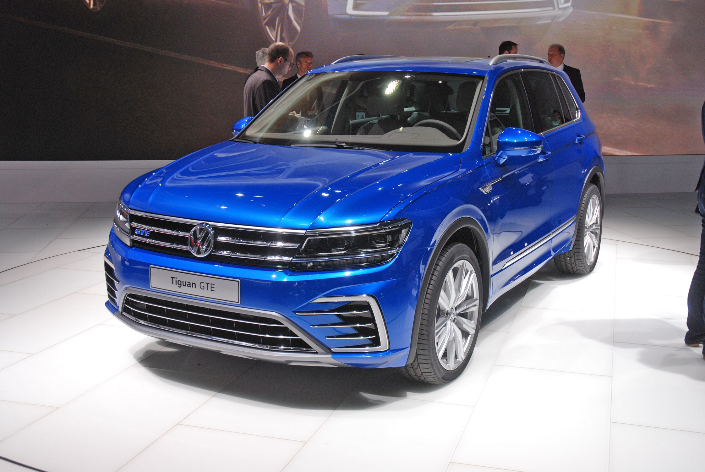 photo volkswagen tiguan ii autre pick up 2016 m diatheque. Black Bedroom Furniture Sets. Home Design Ideas