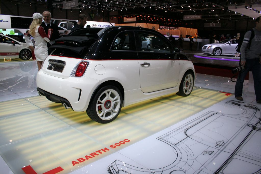 ABARTH 500 C 1.4 Turbo T-Jet  140ch cabriolet 2010