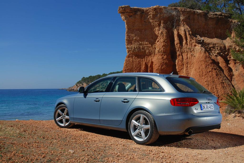 AUDI A4 AVANT (B8) 3.0 TDI V6 240 DPF break 2008