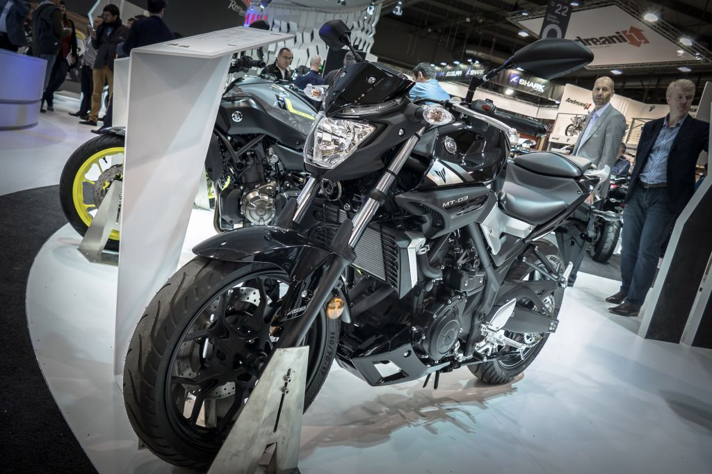 YAMAHA MT-03, version roadster de la sportive R3