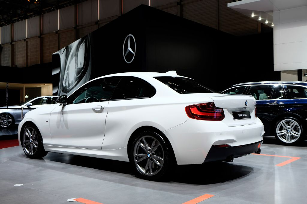 photo bmw serie 2 f22 coup m235i 326 ch coup 2014. Black Bedroom Furniture Sets. Home Design Ideas