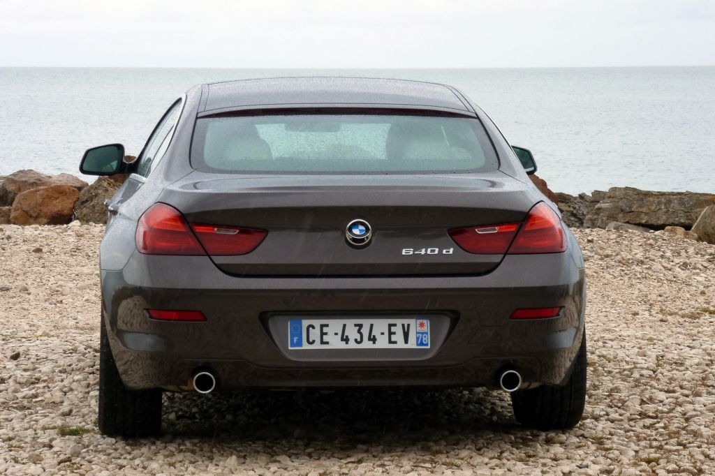 BMW SERIE 6 (F06 Gran Coupé) 640d 313 ch berline 2012
