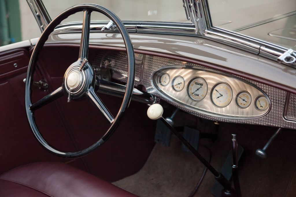 CHRYSLER CL Imperial Dual-Windshield Phaeton by LeBaron cabriolet 1933