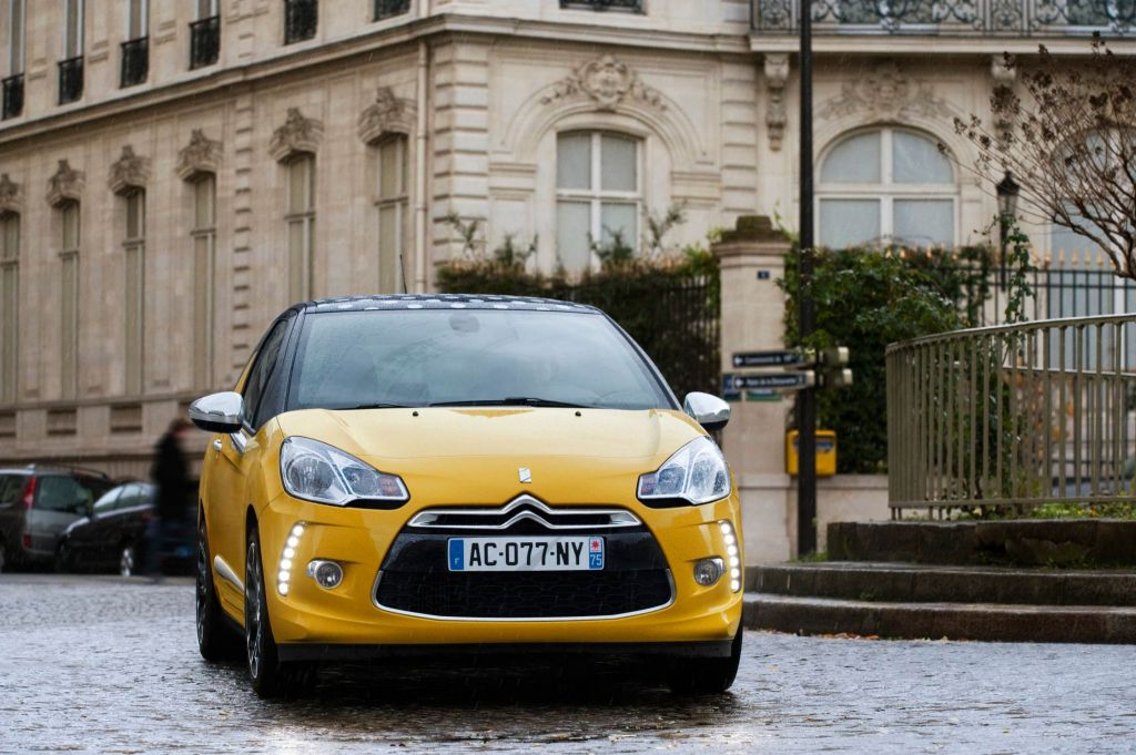 CITROEN DS3 1.6 THP 150 156 ch berline 2010