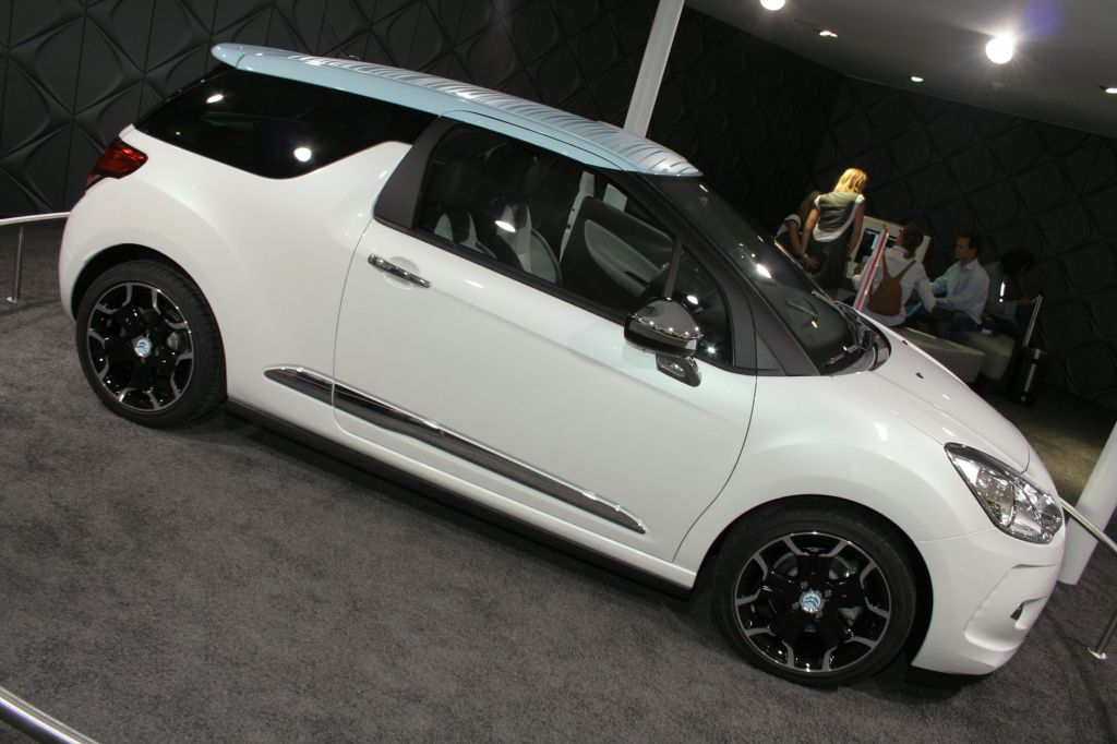 CITROEN DS3  berline 2009