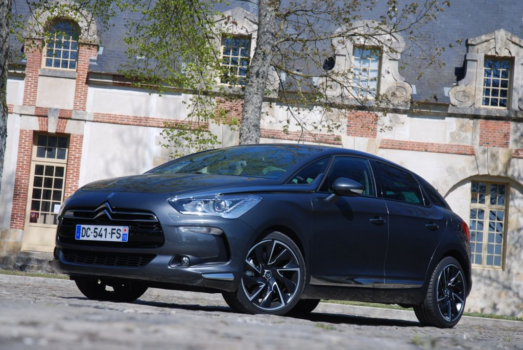 CITROEN DS5 BlueHDi 180 berline 2014