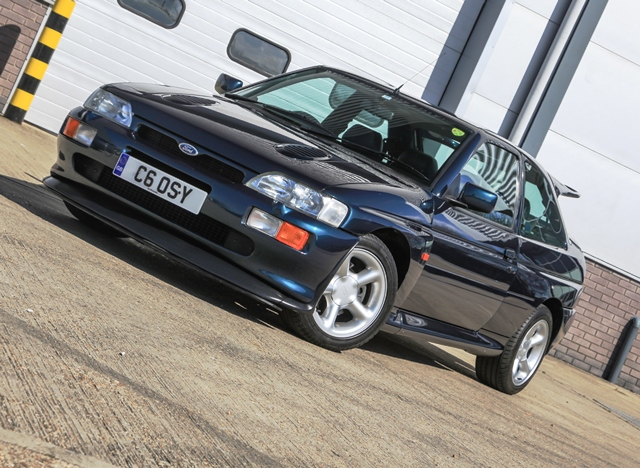 FORD ESCORT (Mk V) RS Cosworth coupé 1995