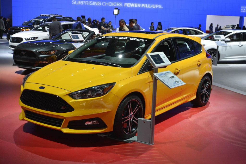 FORD FOCUS (III) ST 250 ch berline 2014