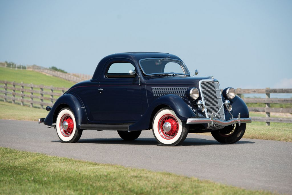 FORD USA V8 DeLuxe Three-Window Coupe coupé 1935