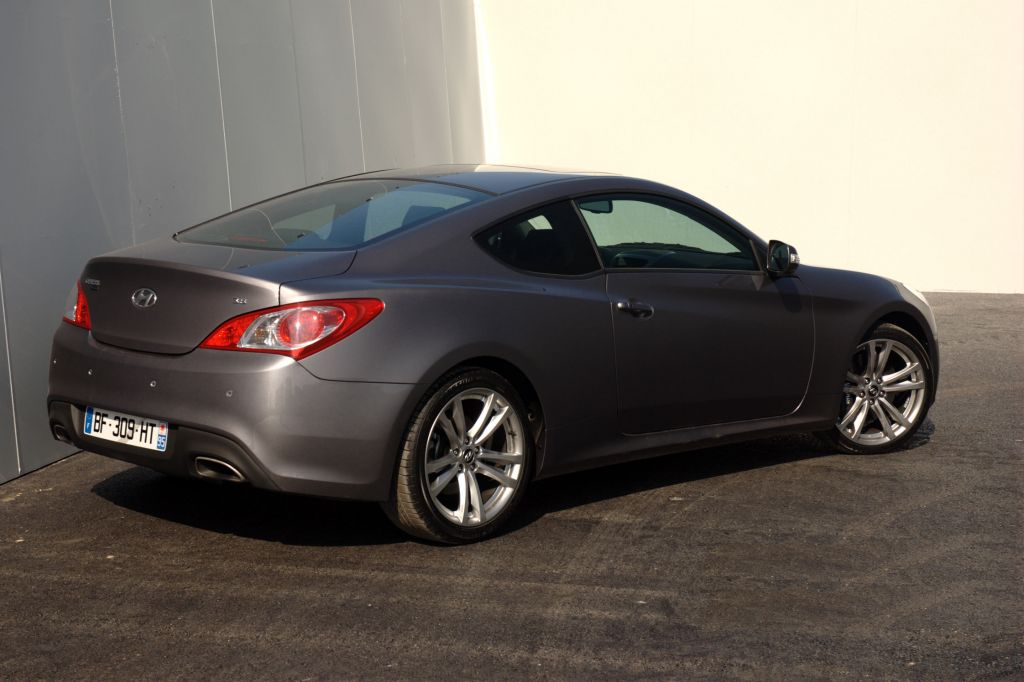 photo hyundai genesis coupe 3 8 v6 coup 2011 m diatheque. Black Bedroom Furniture Sets. Home Design Ideas
