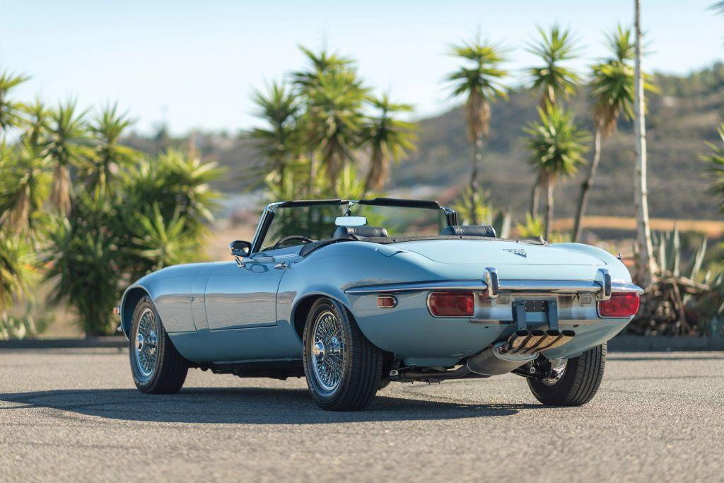 photo jaguar type e s rie 3 v12 cabriolet 1972. Black Bedroom Furniture Sets. Home Design Ideas