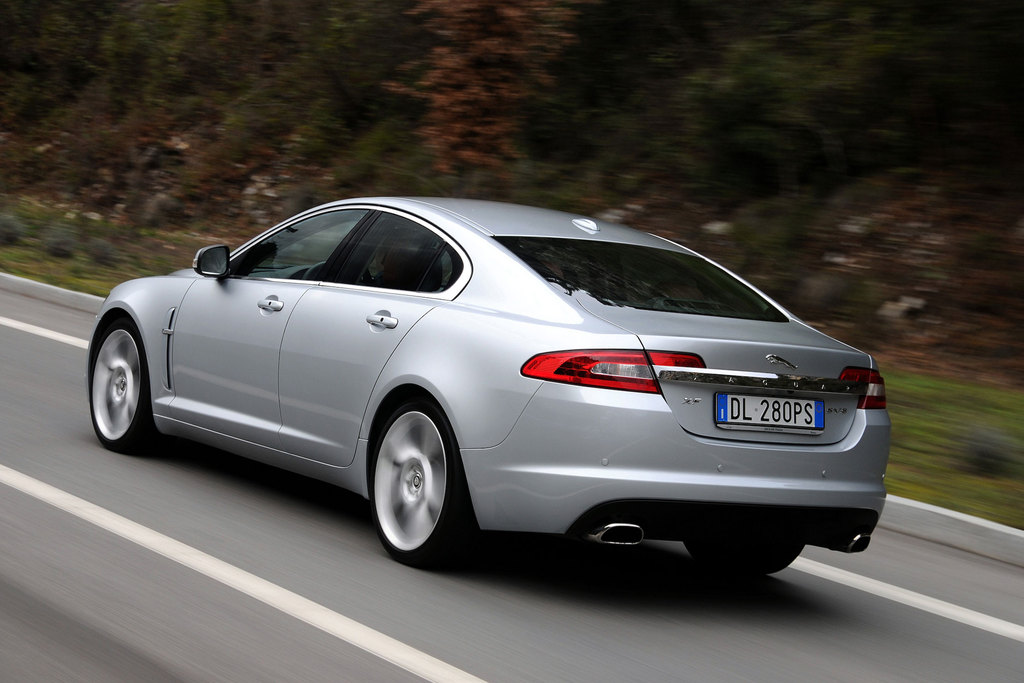 photo jaguar xf i 4 2 sv8 suraliment 416ch berline 2008 m diatheque. Black Bedroom Furniture Sets. Home Design Ideas