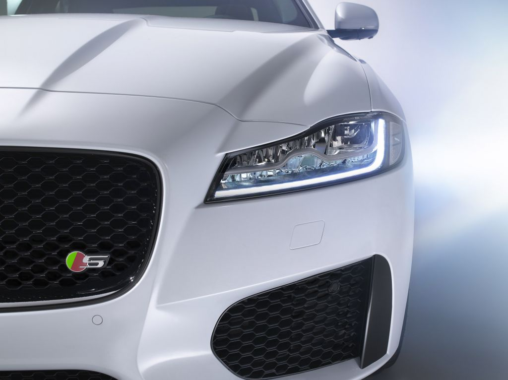 JAGUAR XF (II)  berline 2015
