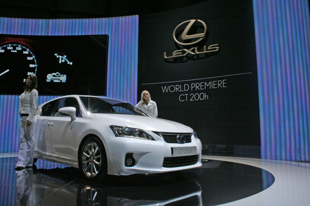 LEXUS CT 200h berline 2010