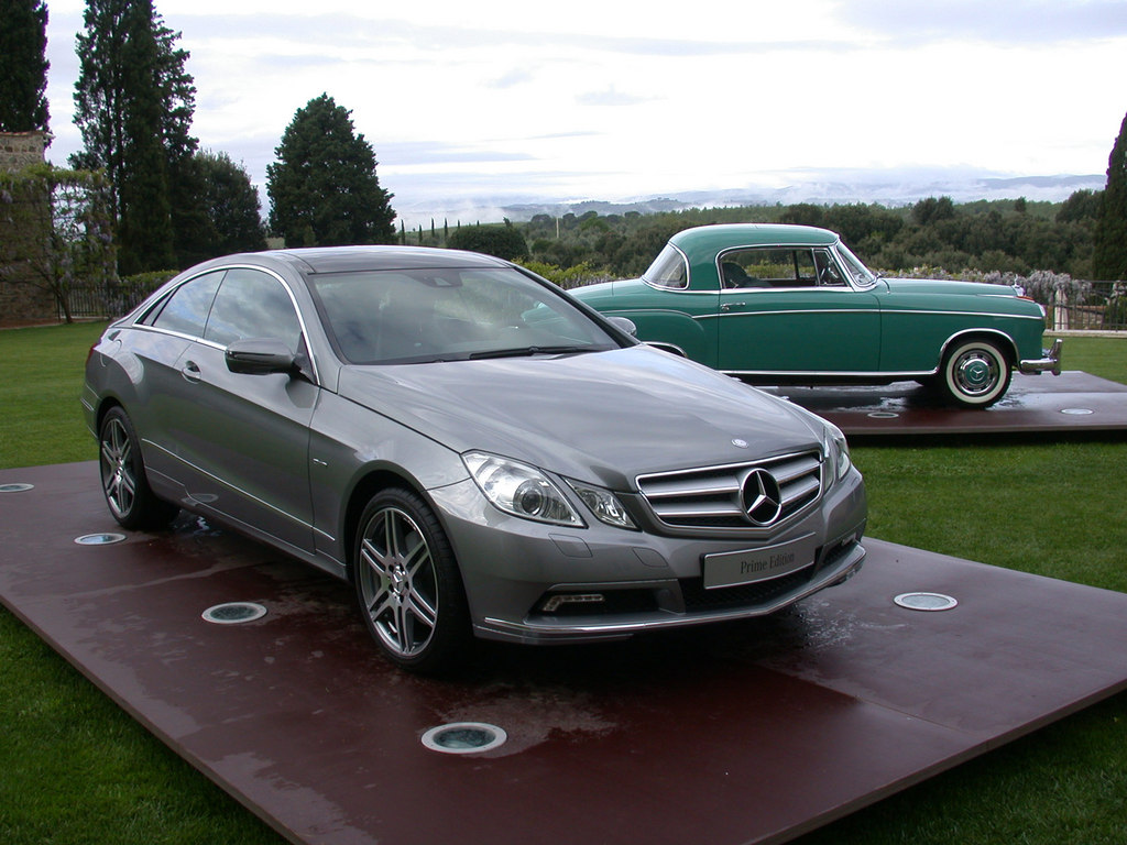 photo mercedes classe e coup c207 350 cdi blueefficiency coup 2009 m diatheque. Black Bedroom Furniture Sets. Home Design Ideas