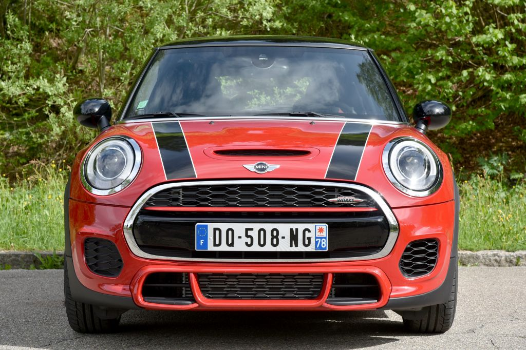 MINI 3 PORTES (F56) John Cooper Works berline 2015