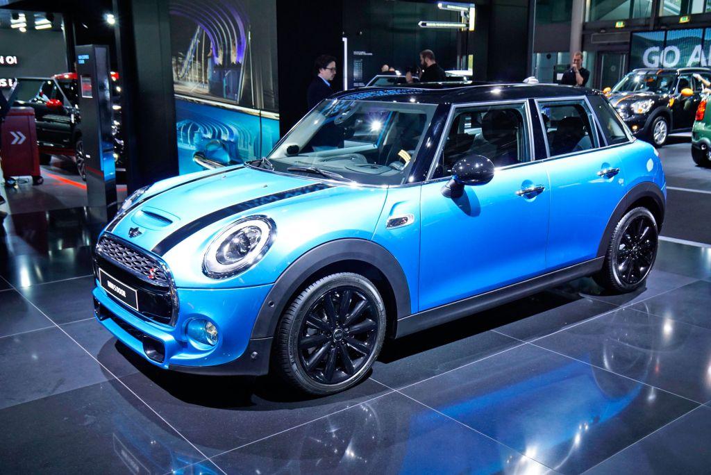 Voiture 5 portes mini 5 portes 2015 2 actualite voitures voiture citadine 5 portes 2017 - Petite voiture 5 portes ...