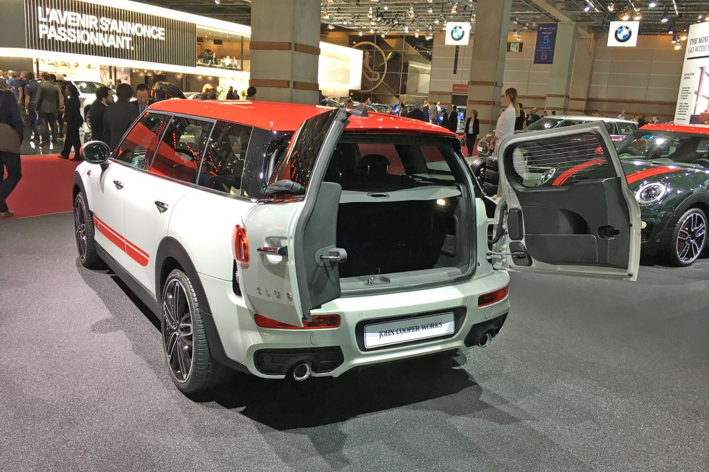 MINI CLUBMAN (F54) JCW 231 ch break 2016