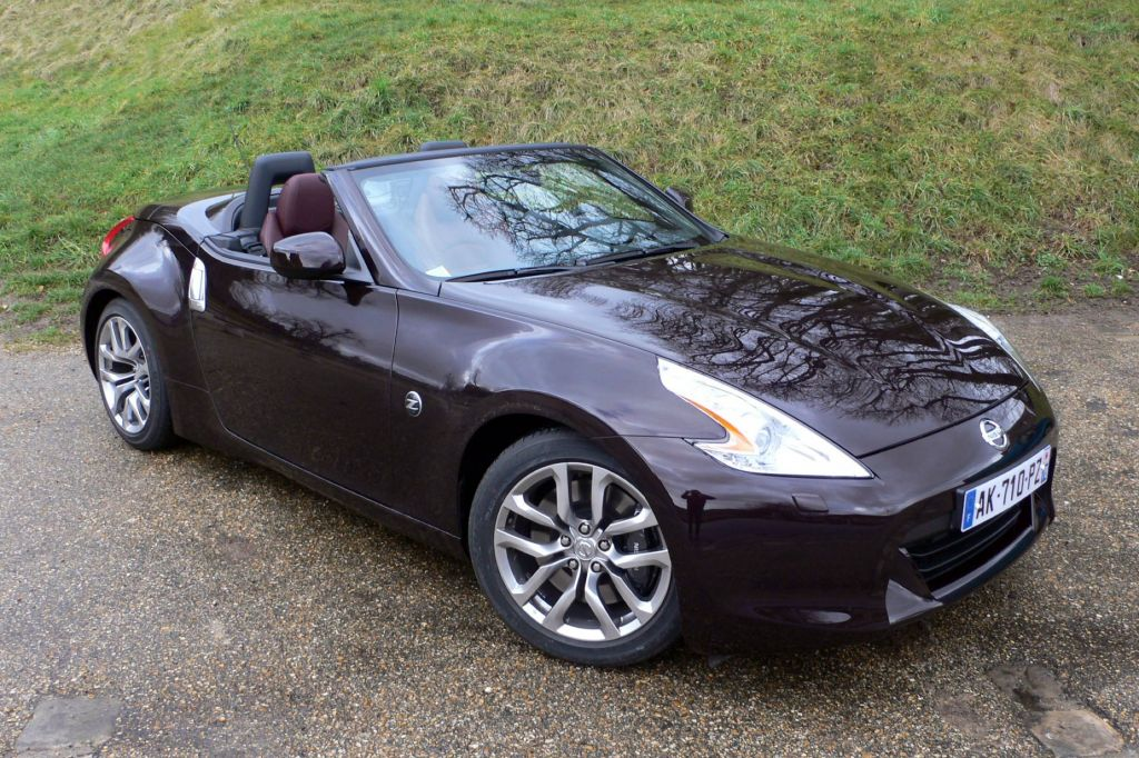 photo nissan 370z roadster 3 7 v6 328ch cabriolet 2010 m diatheque. Black Bedroom Furniture Sets. Home Design Ideas