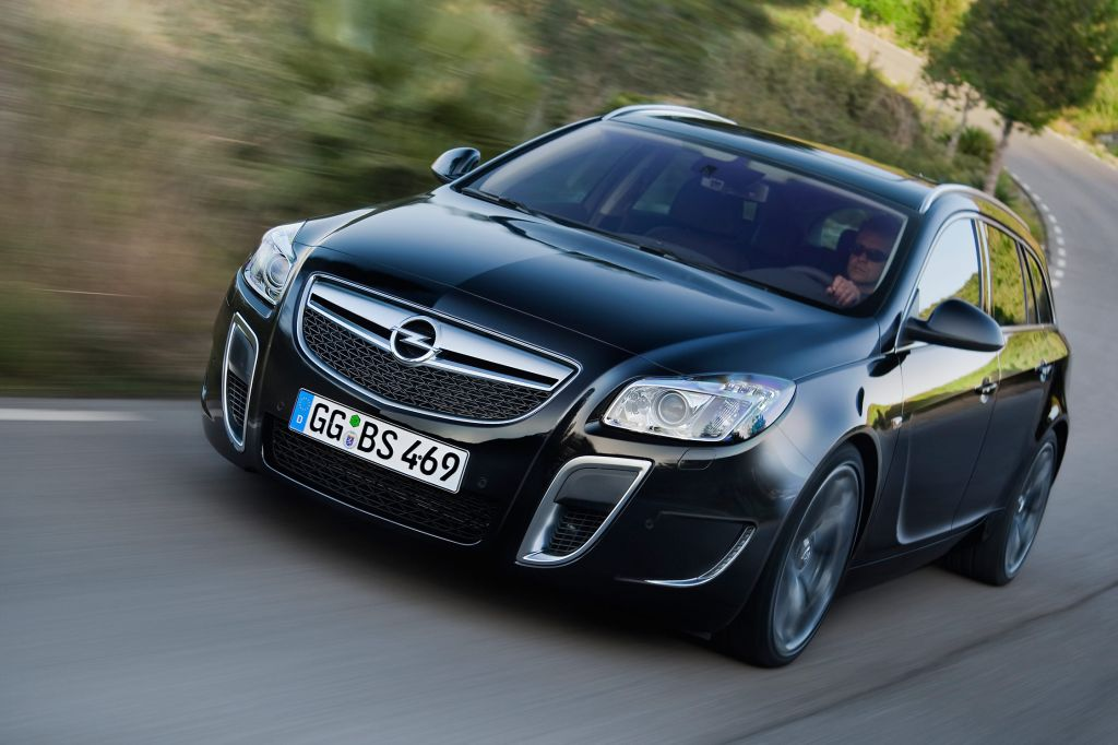 OPEL INSIGNIA (I) 2.8 V6 Turbo OPC 325 ch Sports Tourer break 2009
