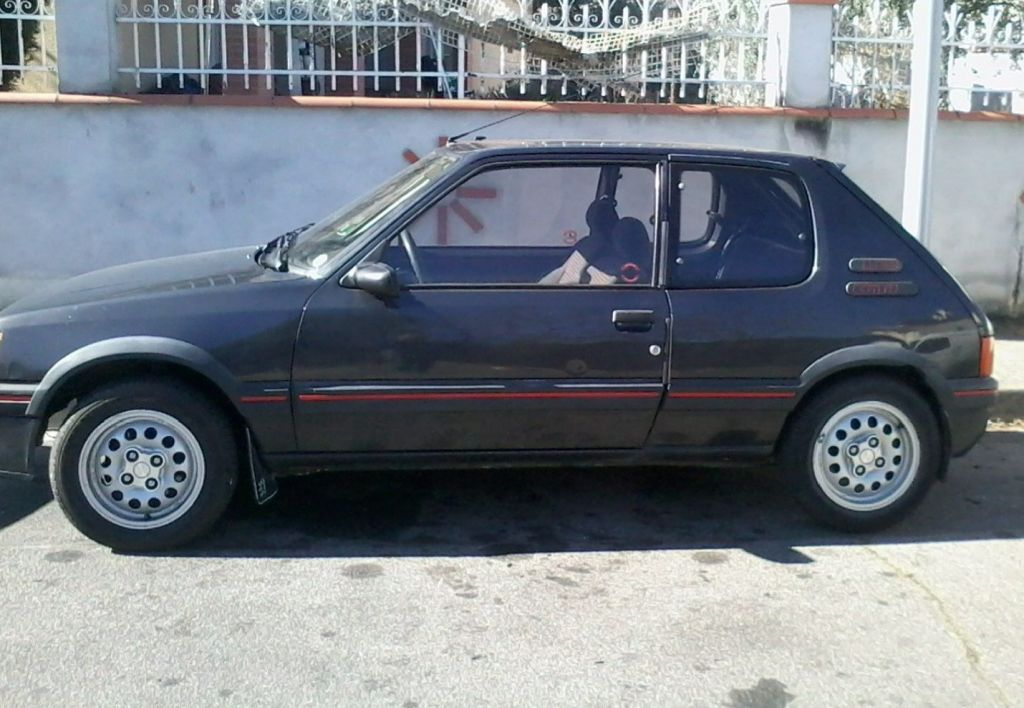 photo peugeot 205 gti 1 6 105 coup 1989 m diatheque. Black Bedroom Furniture Sets. Home Design Ideas