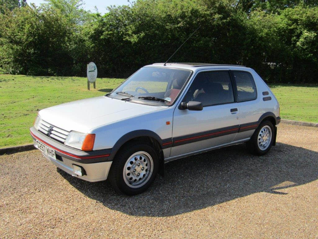 photo peugeot 205 gti 1 6 115 coup 1989 m diatheque. Black Bedroom Furniture Sets. Home Design Ideas