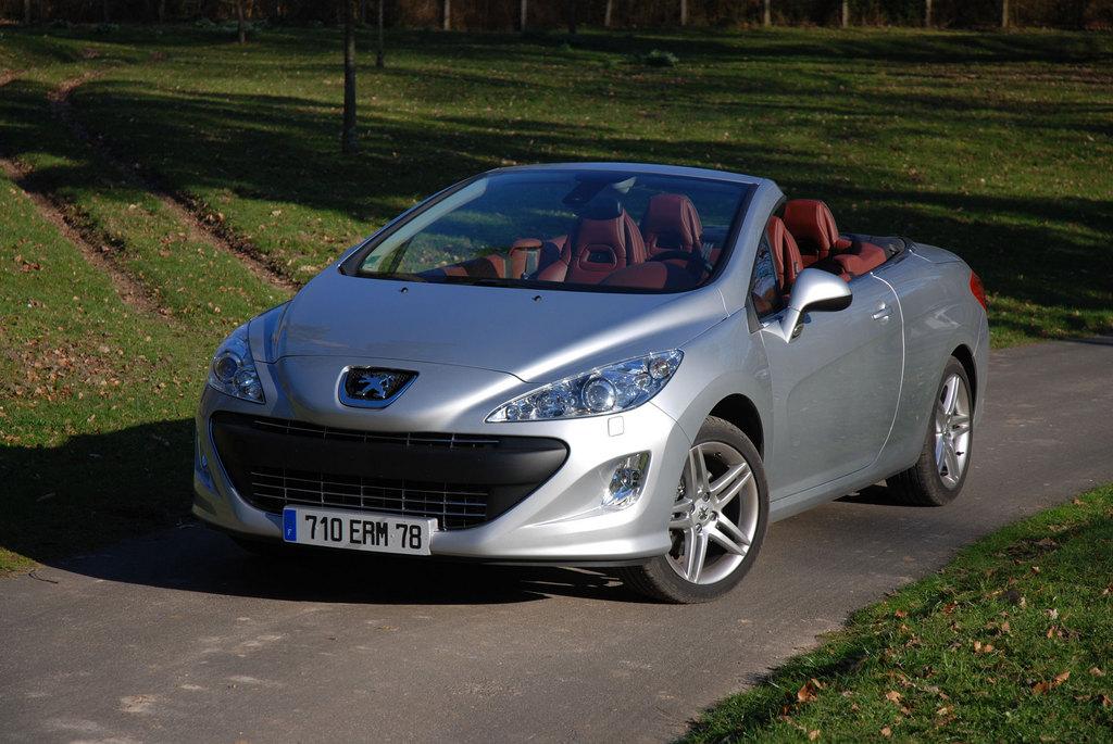 photo PEUGEOT 308 CC 2.0 HDi 136ch FAP coupé-cabriolet ...