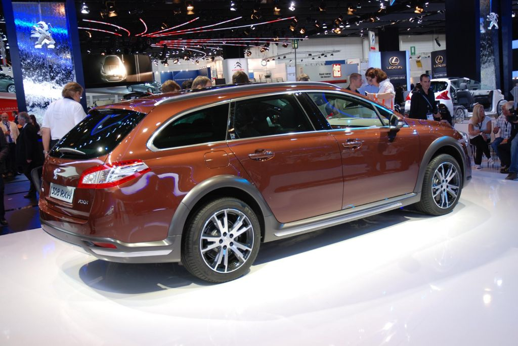 PEUGEOT 508 RXH break 2011