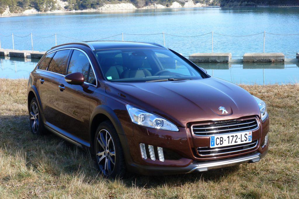 PEUGEOT 508 RXH break 2012