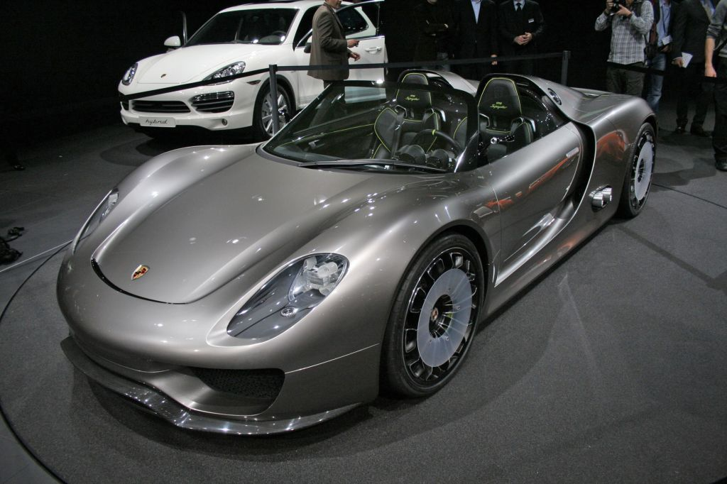 geneva auto show porsche 918 spyder best photos just for you. Black Bedroom Furniture Sets. Home Design Ideas