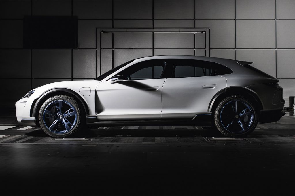 PORSCHE MISSION E CROSS TURISMO Concept concept-car 2018