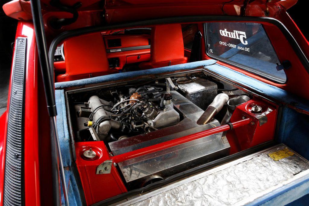 http://photo-voiture.motorlegend.com/high/renault-r5-turbo1-1-4-63697.jpg