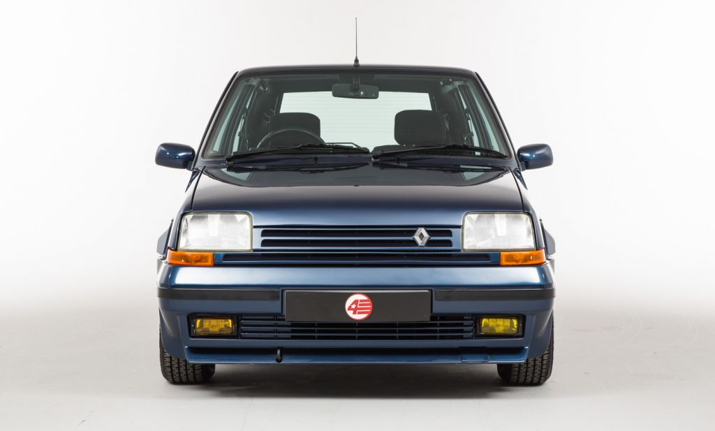 RENAULT SUPERCINQ GT Turbo berline 1986