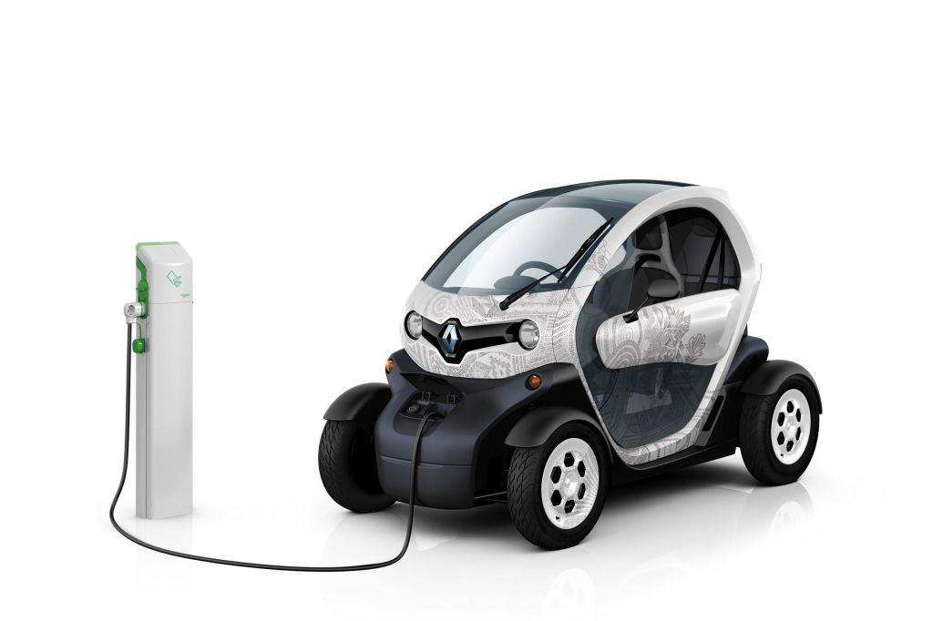 voiture electrique twizy  free le propose donc un vhicule