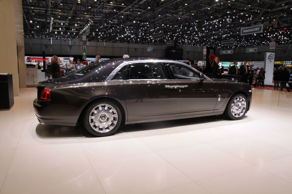 ROLLS-ROYCE GHOST (I) V12 6.6 (II)  berline 2014